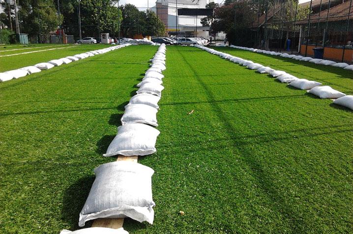 grama sintetica decorativa belo horizonte : grama sintetica decorativa belo horizonte:Construção quadra de Futebol Society com grama sintética esportiva